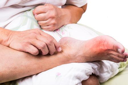 54524965 S Gout Toe Pain Big Man Pillow Foot