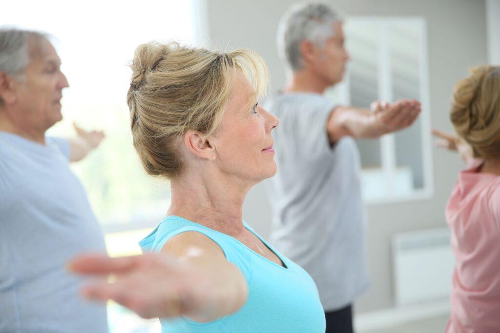 45367221 L Workout Excercise Senior